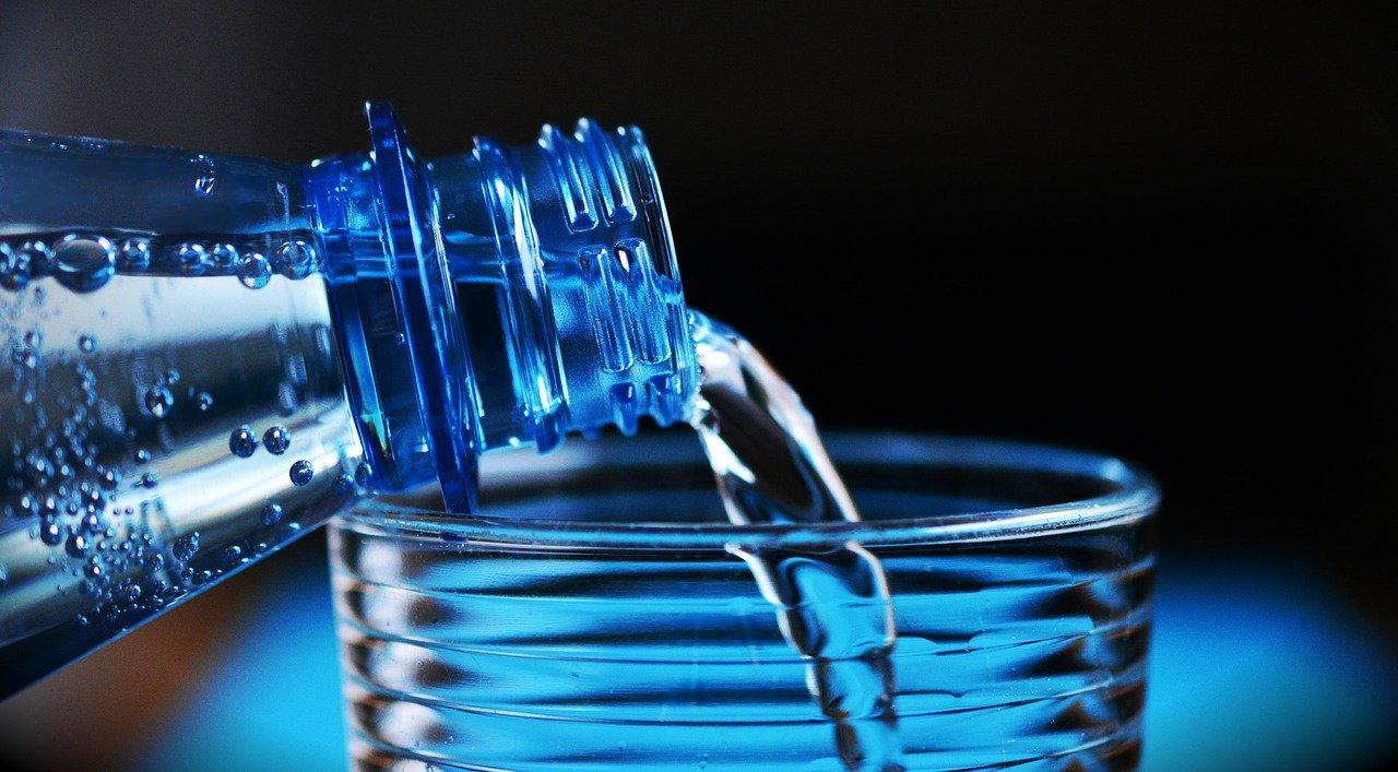 Eau minérale de luxe : Pourquoi l'eau minérale de luxe est-elle si populaire ?